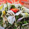 Đi du lịch Mộc Châu thưởng thức món nộm hoa ban