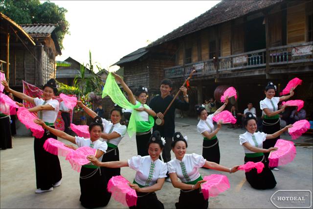 Bản sắc văn hóa của dân tộc Thái ở Mai Châu