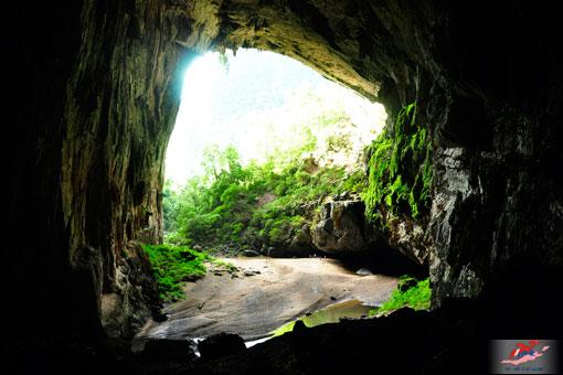 Một thế giới hoàn toàn khác trong hang