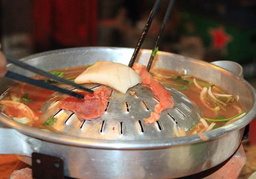 Thưởng thức món ăn Thái trong chuyến du lịch Đà Nẵng