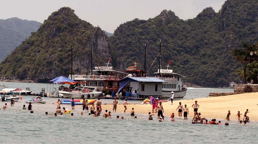 Bãi biển Ti Tốp Hạ Long