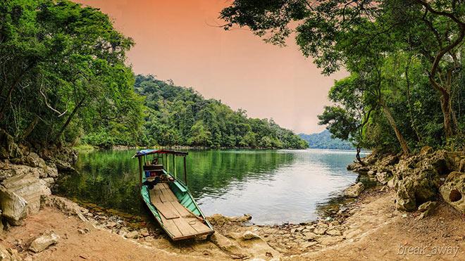 Vẻ đẹp hồ Ba Bể Bắc Kạn