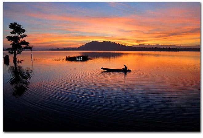 Hoàng hôn trên hồ Ea Kao